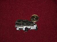 VINTAGE PIN PINBACK 1994 FARM FRESH MILK SARATOGA SPRINGS NY MILK TRUCK