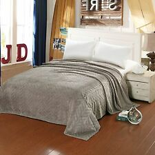 Soft Plush Microfleece Leaf Etched Jacquard Bed Throw Blanket