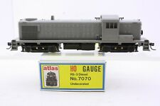 Atlas Kato HO Scale Undecorated RS-3 Diesel Excellent