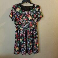 Romeo & Juliet Couture Women's Black Floral Print Short Sleeve Dress Medium