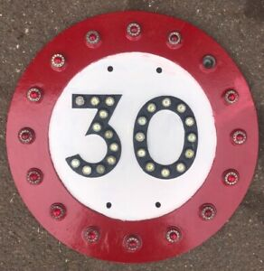 Rare Vintage Road Traffic Sign Pre-Worboys Pre-1963 Cast 30 mph With Reflectors
