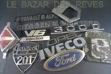 Lot d'insignes mascottes voitures anciennes.