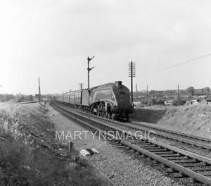 6x6cm Railway Negative A4 Leaving Newark 8-1962