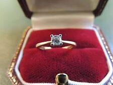 Bague solitaire or jaune 18 carats et diamant