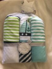 L'Amour 3 Pk. Hooded Towel Set  by Baby Kiss  27 x 30 100% Poly Asst. Designs
