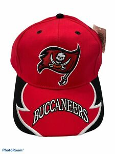 NEW NFL TAMPA BAY BUCCANEERS RED AND BLACK HAT ADJUSTABLE FRONT LOGO OLD SCHOOL