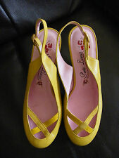BEAUTIFUL POETIC LICENCE SHOES SIZE 4 YELLOW LEATHER SLING BACKS KITSCH VGC