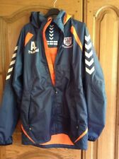 Hummel Unisex Sports Training Jacket Hooded.Potters Bar Town FC Emblem New Eur M