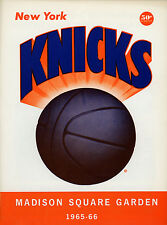 1965-66 NBA LOS ANGELES LAKERS vs. NEW YORK KNICKS GAME PROGRAM (UNSCORED) NM/MT