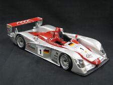 Maisto Audi R8 2002 #1 Biela / Kristensen / Pirro 24h Le Mans (MCC)