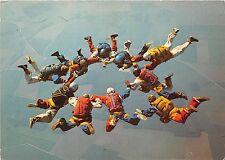B57928 parachutists paratroops Icarius Group France