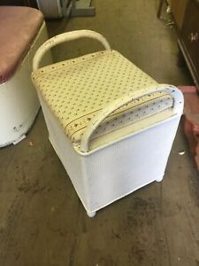 Small Vintage Blanket Box (Contents Not Included)