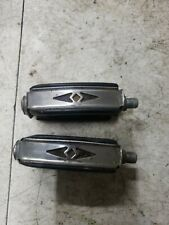 1966 SCHWINN STINGRAY FASTBACK  BOW TIE PEDALS 2 ARROWS NICE SHAPE SMALL END CAP