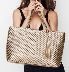 VICTORIA'S SECRET GOLD V-QUILT CRACKLE METALLIC EVERYTHING TOTE PURSE HAND BAG