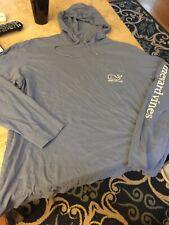Vineyard Vines Hoodie Hooded T Shirt Men's Size Medium  Whale Light Blue