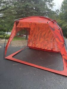 The North Face Homestead Shelter NEW! MSRP $299 Full Stand-Up Height,