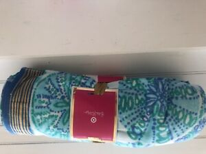 """NWT! Lilly Pulitzer for Target Beach Towel Blue 40"""" By 72"""" Brand New"""
