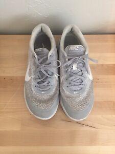 Womens Nike Flex Experience Run 4 Size 9.5