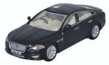 Voitures, camions et fourgons miniatures XJ pour Jaguar