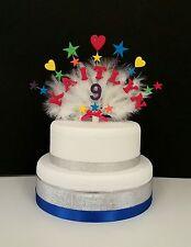 Coeurs et étoiles avec plumes tout nom et âge anniversaire/baptême cake topper