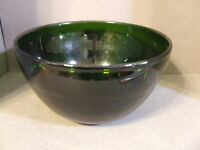 MID CENTURY GREEN ART GLASS LARGE CONSOLE SERVING BOWL (C)