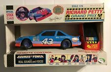 "1992 ""NEW"" ROAD CHAMPS  #43 RICHARD PETTY - 1:16th RADIO CONTROLLED CAR   #3205"