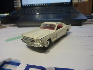 DINKY TOYS 161 FORD MUSTANG FASTBACK 2+2 FOR RESTORATION OR SPARES