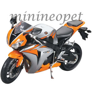 NEW RAY 49293 2010 HONDA CBR 1000 RR BIKE MOTORCYCLE 1/6 ORANGE SILVER