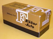 Nikon NIKKOR-Q Auto 200mm 1:4 lens in MINT condition with Case, Caps and Box!