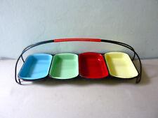 serviteur à apéro, 4 plats en métal émaillé et scoubidou, vintage des années 60