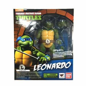 Bandai TMNT Teenage Mutant Ninja Turtles Leonardo SH Figuarts Action Figures Toy