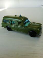 Matchbox lesney MB3A Mercedes Binz Ambulance UNBOXED excellent