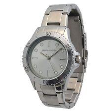 Runde Pierre Cardin Armbanduhren mit Glanz