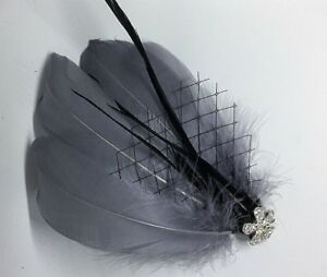 Grey & Silver Feather Fascinator Headpiece Races   Diamante Hair Clip Vintage