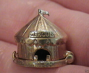 14k gold vintage CIRCUS TENT WITH TRAINER charm opens to trainer and lion