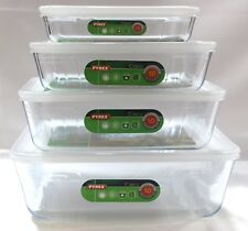 Set of 4 Pyrex Kitchen Oven and Freezer Storage Dishes with Plastic Lids