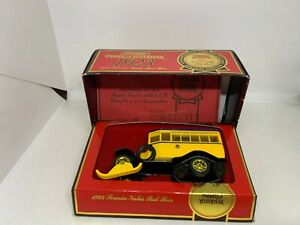 Matchbox Models of Yesteryear Y16 1923 Scania-Vakis Post Bus