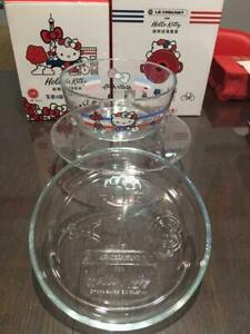 Le Creuset Hello Kitty Glass Bowl & Plates Set Tiwan Limited Unused