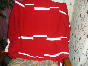 NEW BLANKET/ THROW SIZE  63 X 53 INS  COLOUR RED/ WHITE
