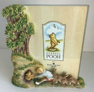 """BNIB CLASSIC POOH GLASS PHOTO FRAME A0424 """"AND THEY ALL PULLED TOGETHER"""""""