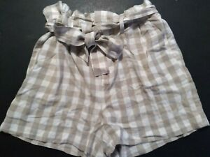 A New Day Womens size M Paperbag Shorts Plaid Tan/Beige/Brown White Belted NEW