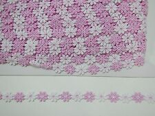 Guipure Daisy Trim  White/Pink Coloured  2 mts  (42901)