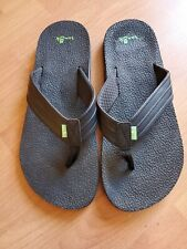 Sanuk Men's Land Shark Flip-Flop 12 Black In good condition