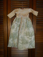 Prim WALL DRESS Primitive Decor GREEN TOILE with Bow, Cupboard Hanger, Grungy