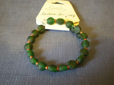 Green Glass Bead Memory Wire Bangle - m62