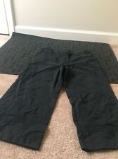 New York And Company Womens Casual Capri Stretch Pants Sz 8 Black Clothes