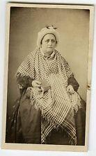 PHOTO CDV Dolard à Lyon vers 1855 vintage albumen une femme pose mode fashion