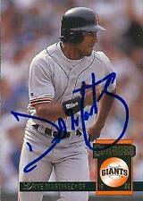 Dave Martinez autographed Baseball Card (San Francisco Giants) 1994 Donruss #463
