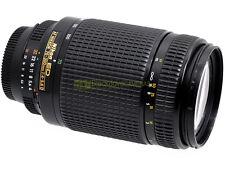 Nikon AF-D zoom Nikkor 70/300mm. f4-5,6 con paraluce HB-15. Garanzia 12 mesi.