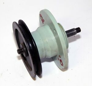Replacement spindle & sheeve for Diamond tech Laser DL-7000 Wet Band Saw glass